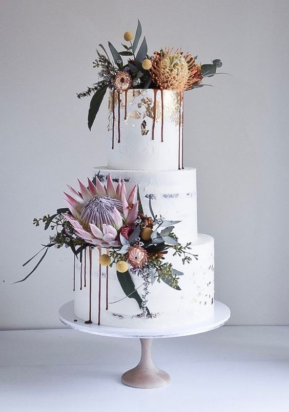 Dripped wedding cakes from laombrecreations