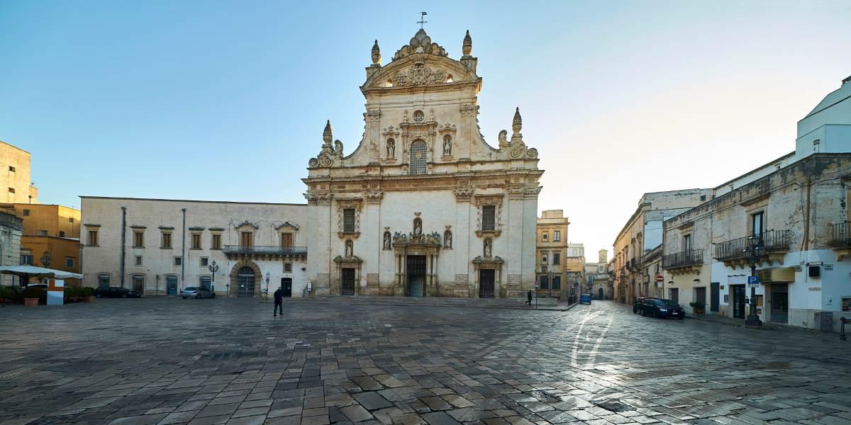 Chiesa dei Santi Pietro e Paolo a Galatina - Scopri di più - Italyra