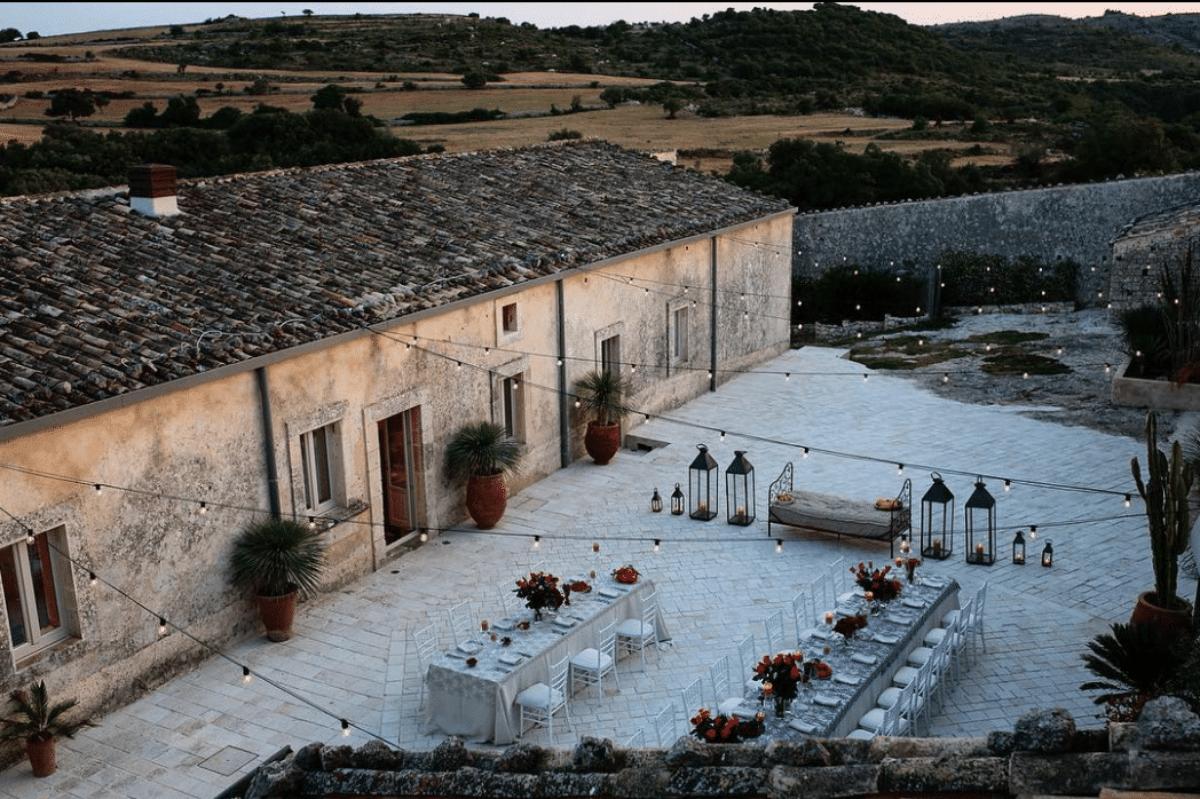 Dimora delle Balze: il casale a Noto che ospita il matrimonio di Fedez e Ferragni